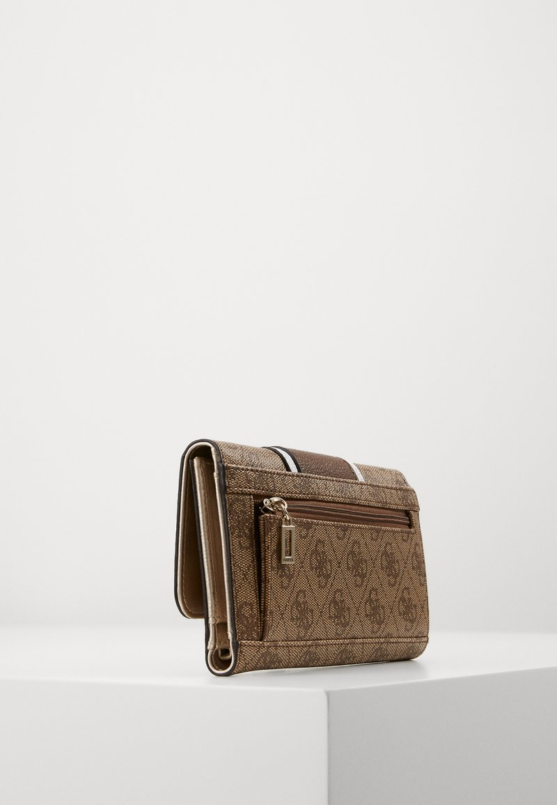 Guess - CATHLEEN POCKET TRIFOLD - Wallet - brown