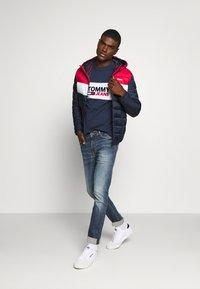 Tommy Jeans - SIMON  - Jeans Skinny Fit - danny dark blue stretch - 1