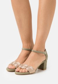 Anna Field - LEATHER COMFORT - Sandals - green - 0