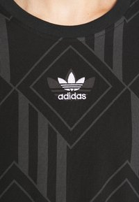 adidas Originals - MONO TEE  - T-shirt imprimé - black - 5