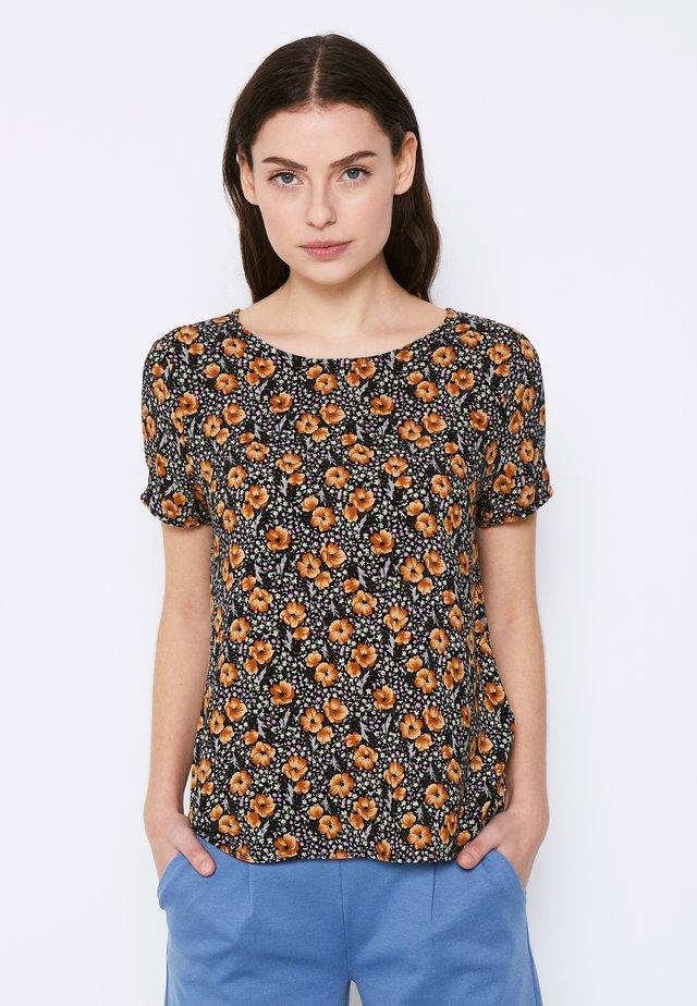TESSA - T-shirts med print - black