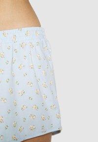 Monki - TOVA SET - Pyjama set - blue light rosey - 5