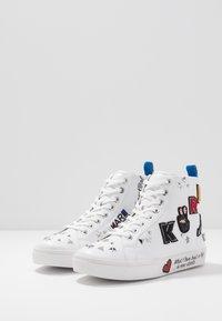 KARL LAGERFELD - SKOOL MULTI PATCH  - Sneakers high - white - 4