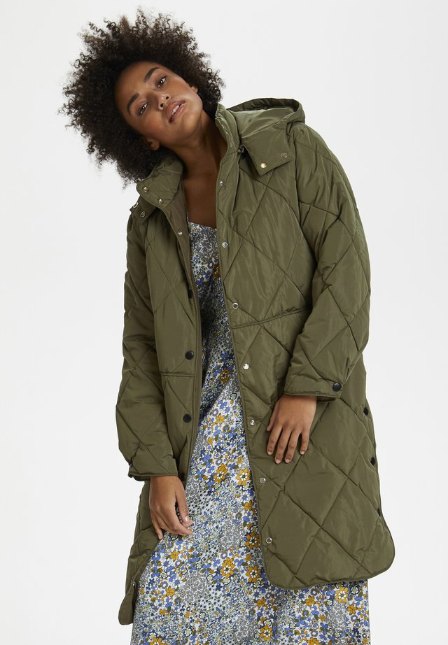 BERRYKB PUFFER COAT - Trenchcoat - military olive