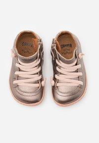 Camper - PEU CAMI - Dětské boty - light beige - 3