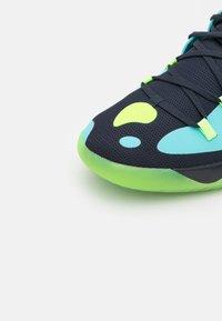 adidas Performance - HARDEN STEPBACK 2 BASKETBALL BOUNCE SHOES - Zapatillas de baloncesto - legend ink/signal green/pulse aqua - 5