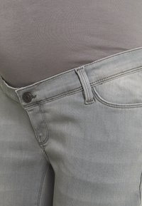 Esprit Maternity - PANTS - Flared Jeans - grey denim - 2