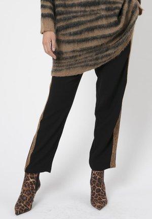 RELATIVITY  - Spodnie materiałowe - black