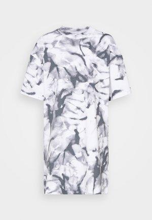 DRESS - Jersey dress - quiet grey