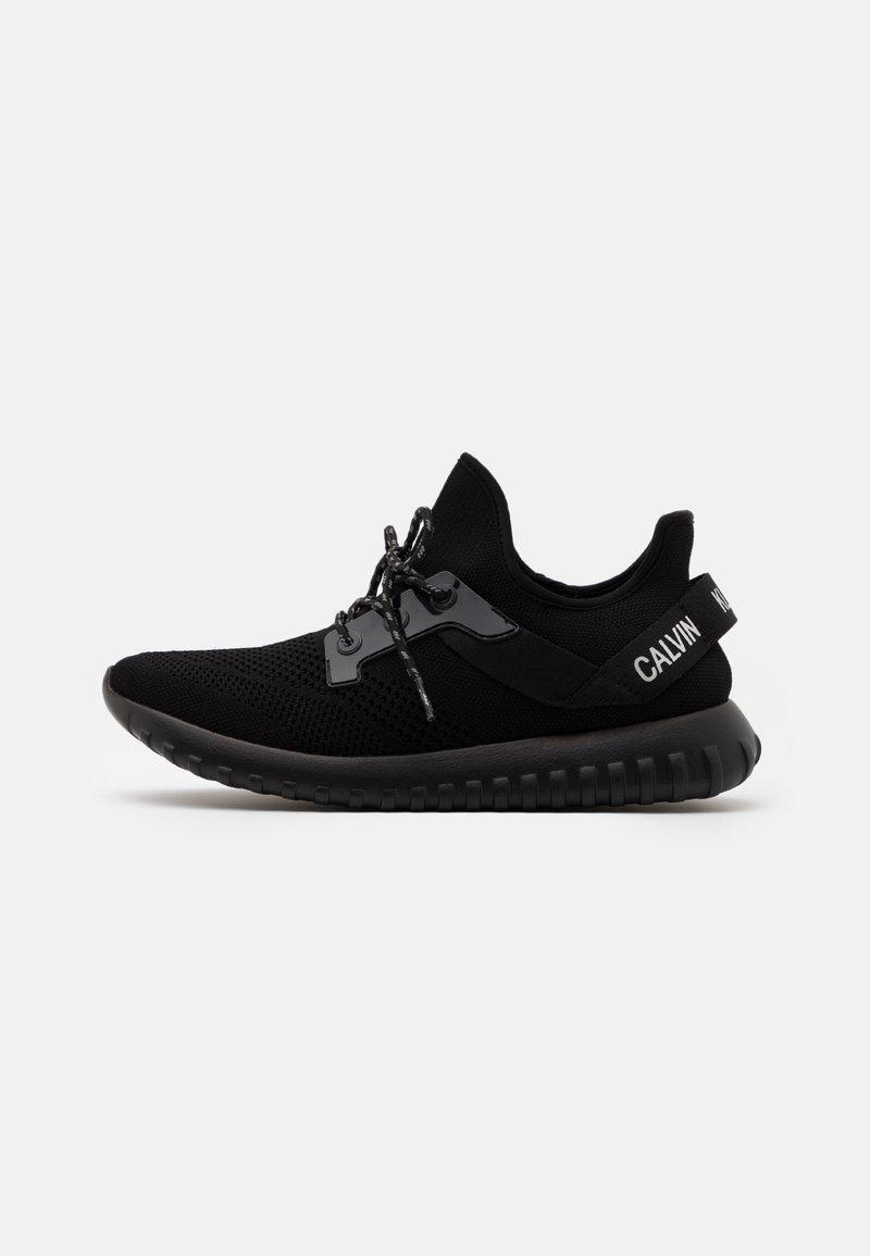 Calvin Klein Jeans - REJAN - Sneakersy niskie - black/silver