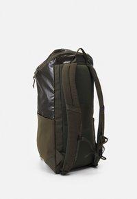Patagonia - BLACK HOLE PACK 25L - Plecak podróżny - basin green - 1