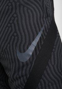 Nike Performance - DRY STRIKE SHORT - Korte broeken - black/anthracite - 5