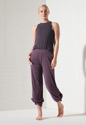 SPORT FLEX PANTS - Trousers - mulled plum