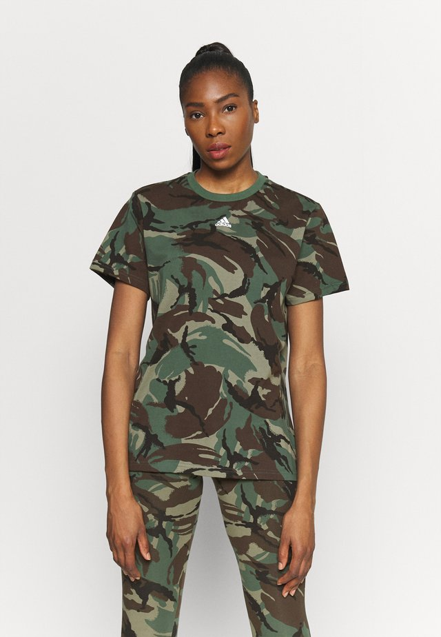 CAMO - T-shirt z nadrukiem - legend green/dark brown/white