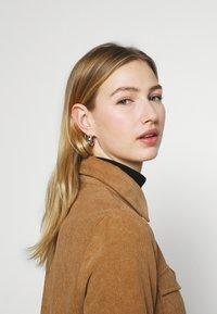 Vero Moda - VMSYLVIA - Button-down blouse - tobacco brown - 4