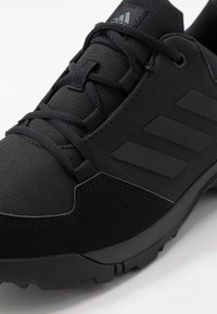 adidas Performance - TERREX HYPERHIKER LOW UNISEX - Hiking shoes - core black/grey five - 2