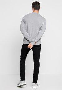 Calvin Klein - Sweatshirt - mid grey heather - 2