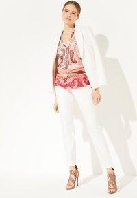 comma - Print T-shirt - rose summer paisley - 1