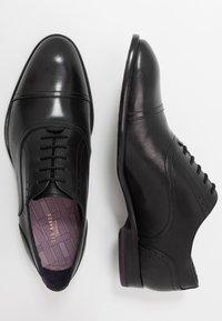 Ted Baker - CIRCASS - Elegantní šněrovací boty - black - 1