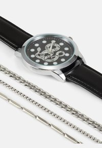 Pier One - WATCH NECKLACES GIFT SET - Watch - black/silver-coloured - 5