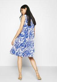 Emily van den Bergh - Day dress - white/blue - 3