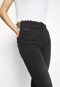 Diesel - D-ROISIN-HIGH - Jeans Skinny Fit - washed black - 4