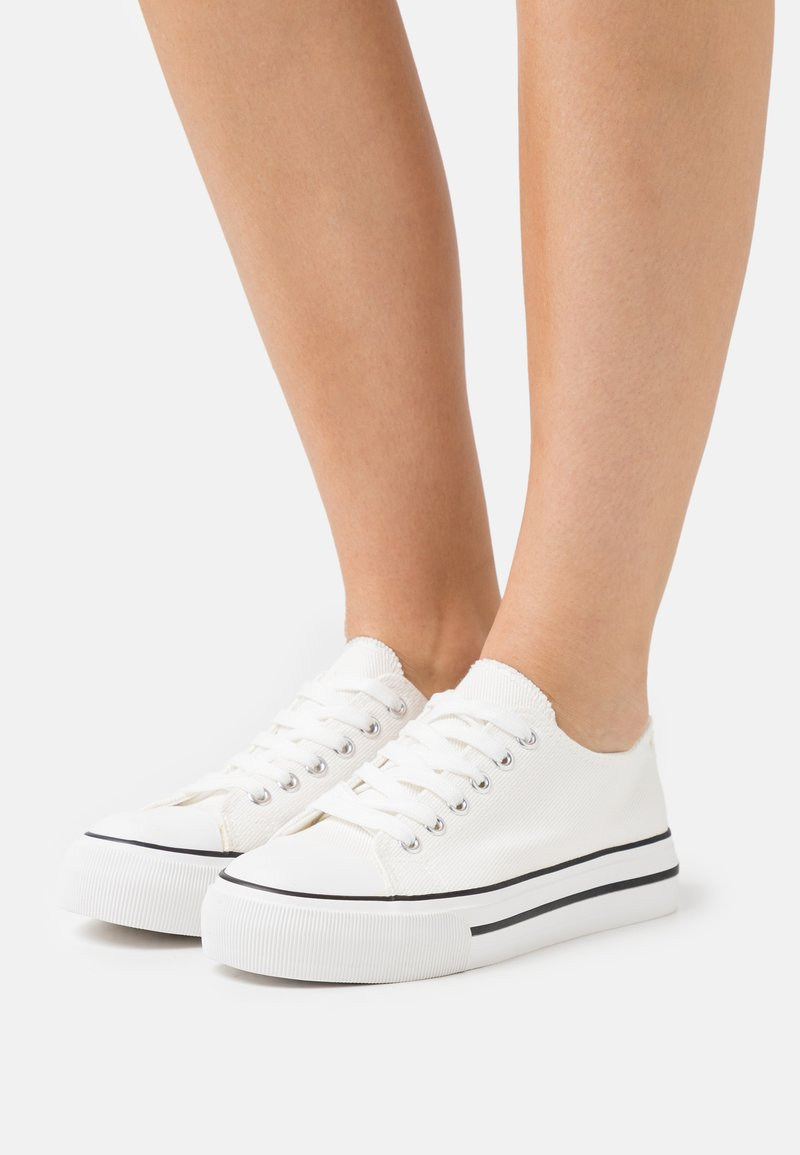 Miss Selfridge - IVANA FLAT  - Sneakers laag - white