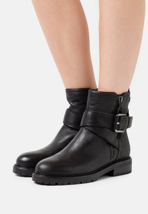 LADIES - Cowboy/biker ankle boot - black