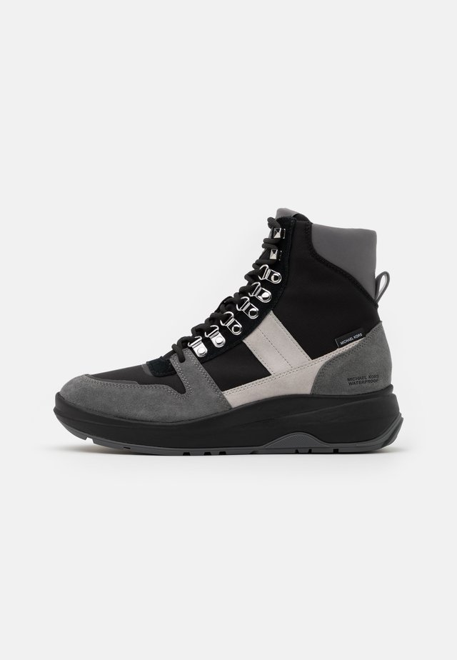 ASHER BOOT - Stivaletti stringati - black