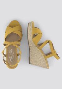 TOM TAILOR - Sandalen met hoge hak - yellow - 1