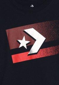 Converse - BITMAP STAR CHEVRON - Pitkähihainen paita - obsidian - 3