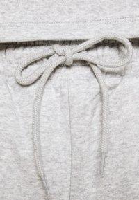 Pieces - PCCHILLI  - Shorts - grey - 4