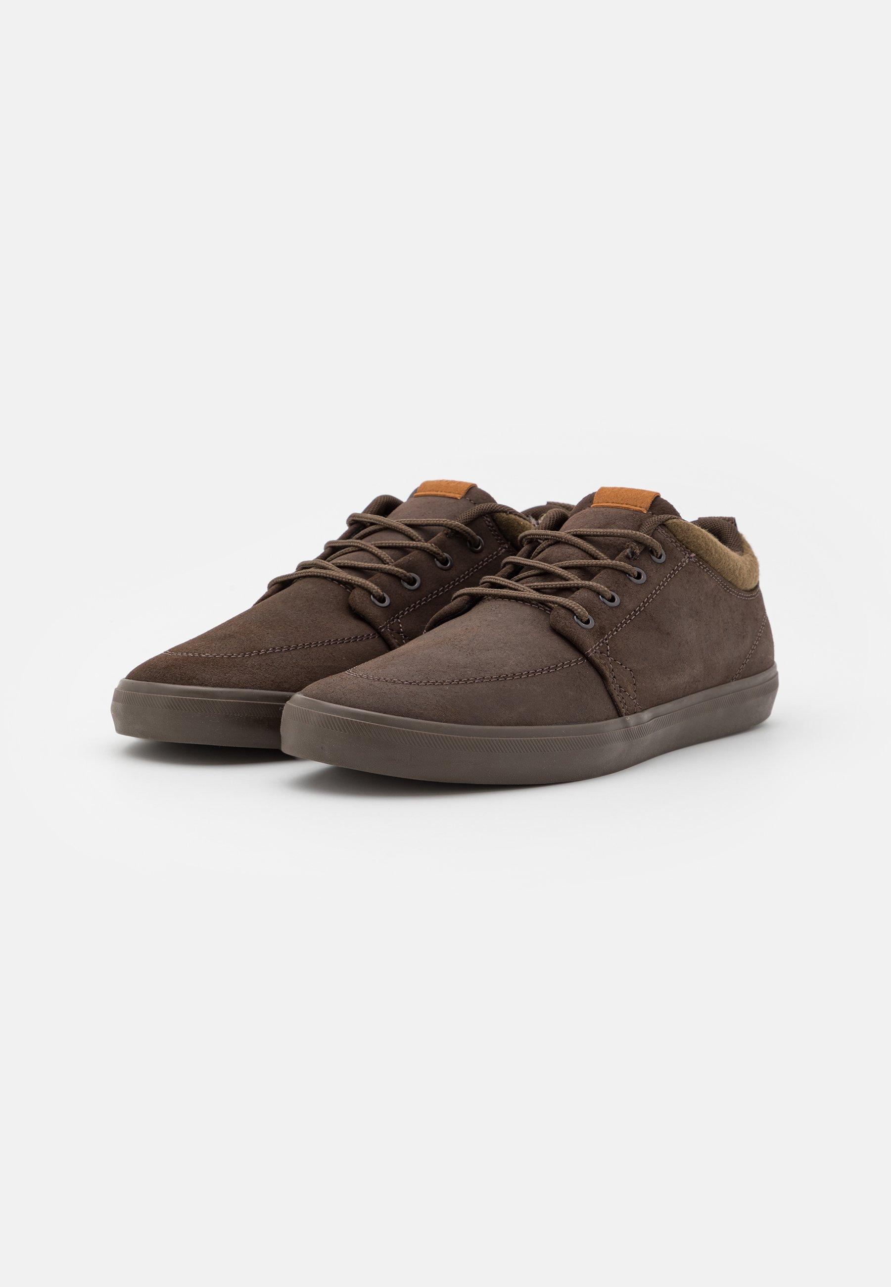 Men CHUKKA - Skate shoes