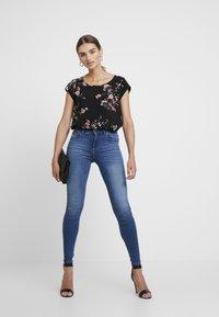 ONLY - ONLBLUSH - Jeans Skinny Fit - medium blue denim - 1