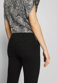 Agolde - SOPHIE - Jeansy Skinny Fit - treble - 3