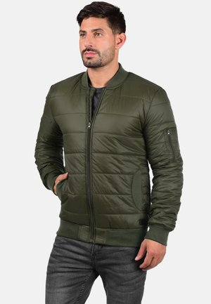 SUCRE - Winter jacket - ivy green