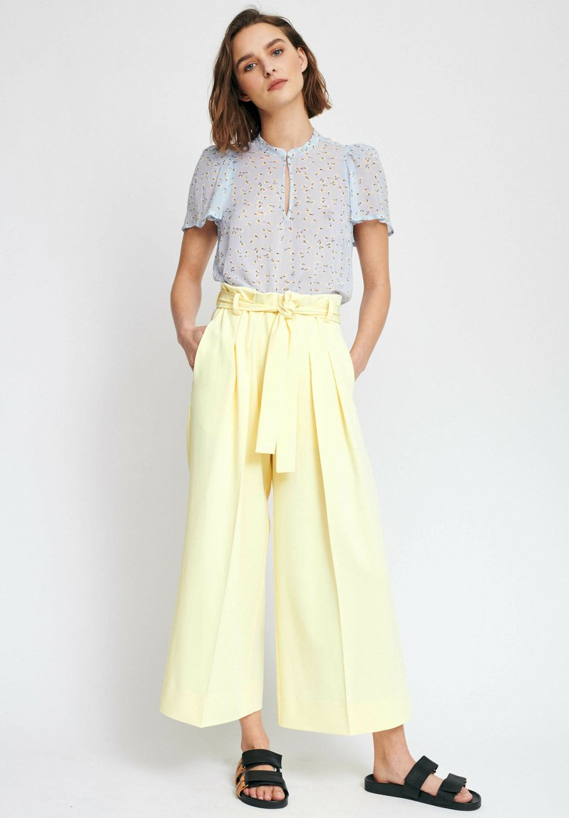 InWear - Trousers - lemon light