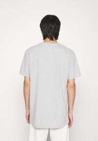 True Religion - CREWNECK TRUE LOGO - Print T-shirt - greymarl - 2
