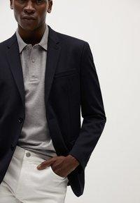 Mango - Blazer jacket - dunkles marineblau - 4