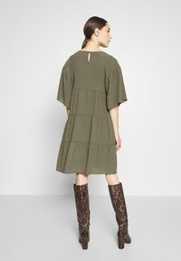 Sisley - Day dress - khaki - 2