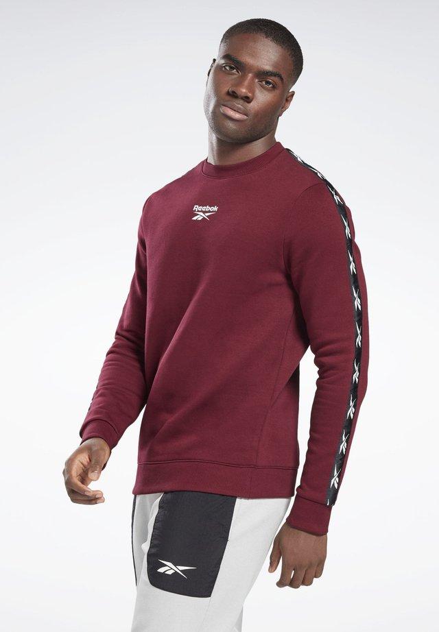 TRAINING ESSENTIALS TAPE CREW SWEATSHIRT - Sweatshirt - burgundy