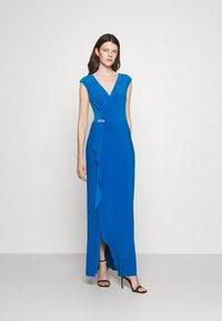 Lauren Ralph Lauren - RYDER CAP SLEEVE EVENING DRESS - Vestido de fiesta - deep bondi blue - 1