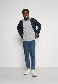 Pier One - 3 PACK - Sweatshirt - bordeaux/black/grey - 1