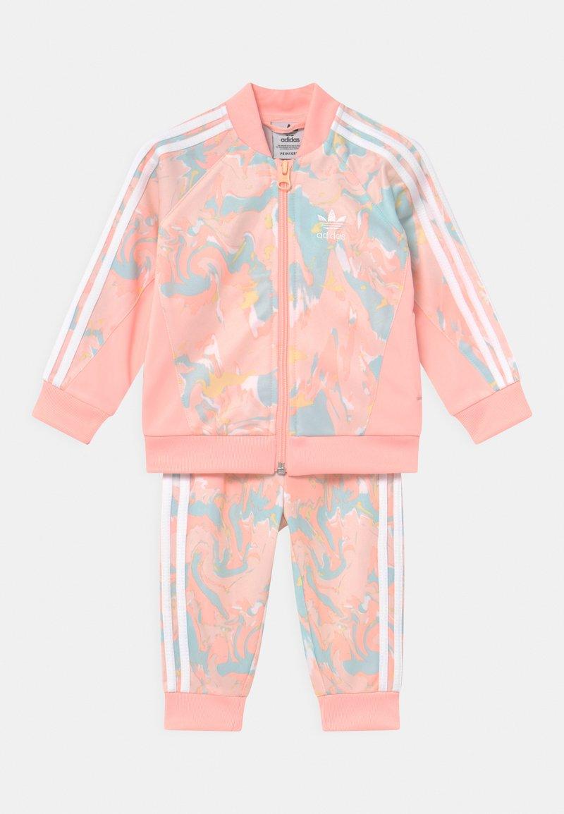 adidas Originals - SET - Verryttelytakki - pink tint/multicolor/haze coral