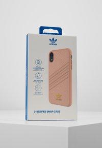 adidas Originals - MOULDED CASE SNAKE - Etui na telefon - pink - 5