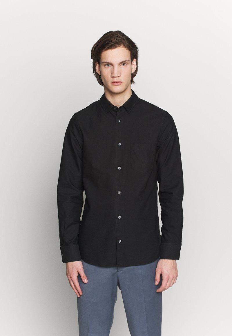 Filippa K - TIM OXFORD - Košile - black