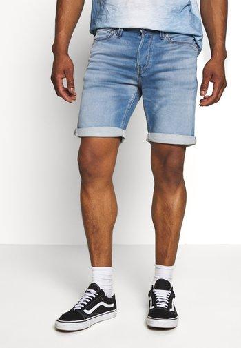 JJIRICK JJICON - Denim shorts - blue denim