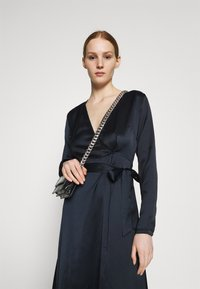 NU-IN - BELTED WRAP MIDI DRESS - Cocktail dress / Party dress - black - 3