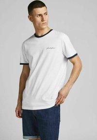 Jack & Jones - 3 PACK - Print T-shirt - white - 1