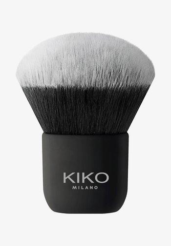 FACE 13 KABUKI BRUSH - Powder brush - -